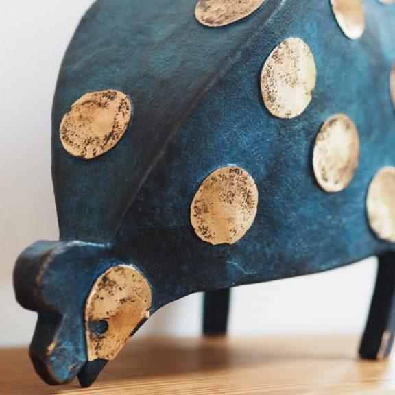 Krystyna Pomeroy - Bronze Hen (Shiney dots)